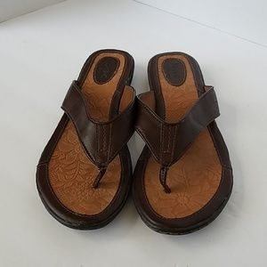 b.o.c brown Sandals Sz 9
